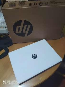 Portatil Laptop HP Blanca