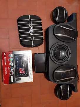Vendo equipo de sonido para carro