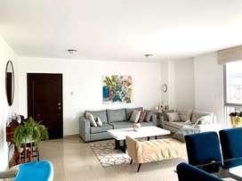 Venta amplio departamento con terraza en Entre Rios