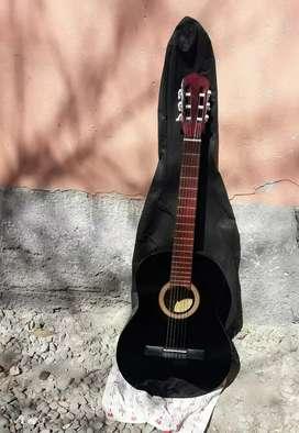 disponible guitarra criolla nueva nueva