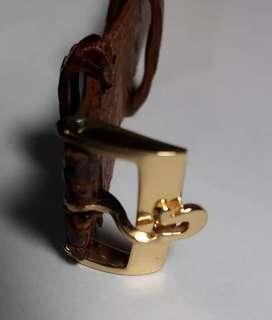 Vendo  permuto  hebilla  reloj  OMEGA