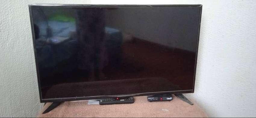 Televisor pantalla plana de 32 pulgadas Marca INSIGNIA