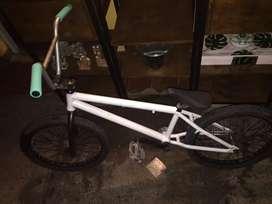 Bici BMX en perfecto estado