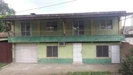 vendo casa de dos pisos con departamento incluido en la ciudad de Pasaje