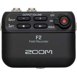 Grabador ultracompacto Zoom F2 con micrófono de solapa