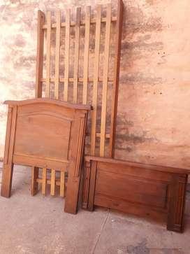 Cama de una plaza madera