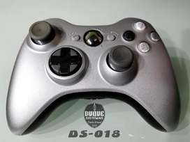 Control Xbox 360 edicion plata original