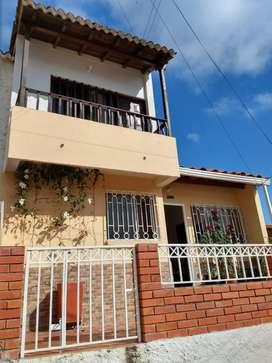 VENTA CASA SAGRADA FAMILIA CALLE 17 N 14-32