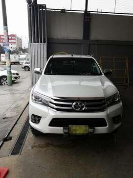 Toyota Hilux Srv 2017 Comprada en 2018