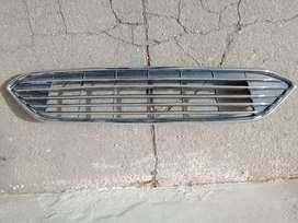 Rejilla Parrilla Superior Ford Focus 15-18 Cromada