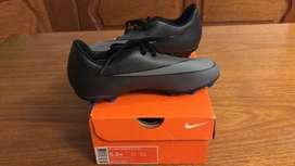 Botines de Futbol marca Nike