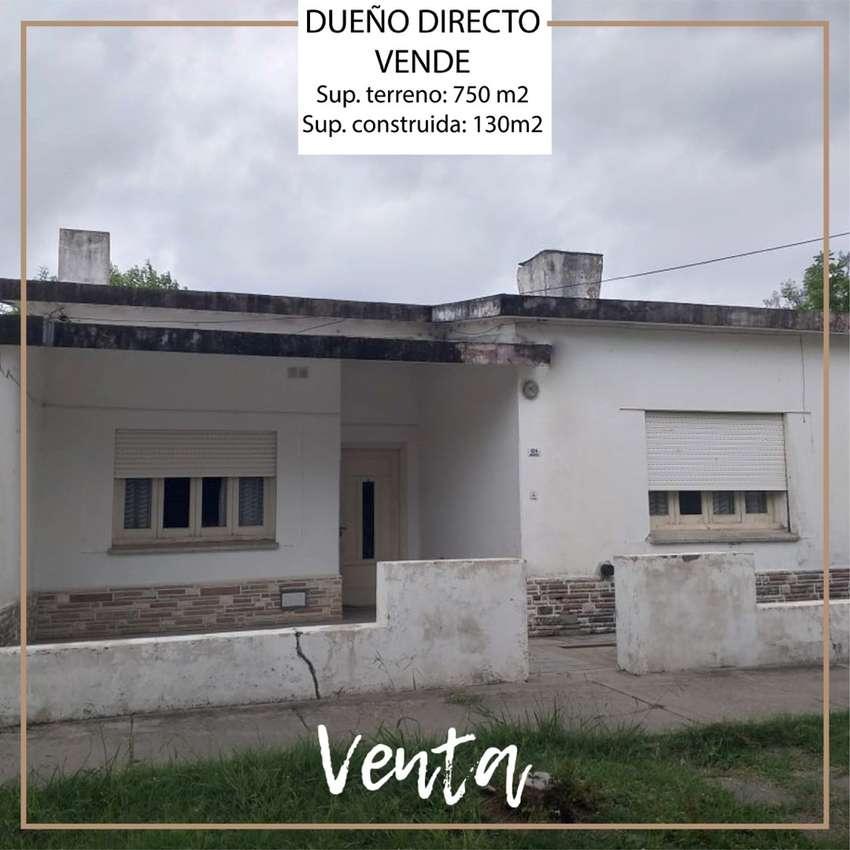 Dueño vende casa con fondo con amplio terreno con galpon 0