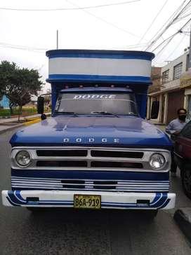 Vendo camión conservado precio 3800 dolares