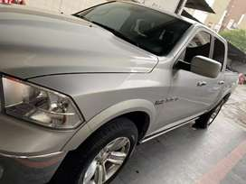 Vendo Dodge Ram 1500 impecable