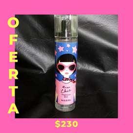 Perfume con atomizador