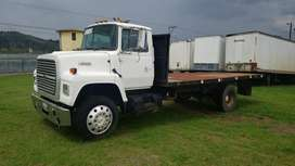 Camion FORD L9000