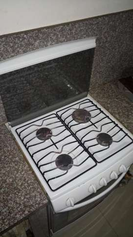 Cocina a Gas de 4 Ornillas