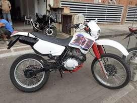 HONDA XR 200 FULL