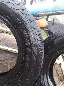 Pirelli Cubiertas 235/70/r16   2unidades y cubiertas dunlop 225/70/r17   2unidades