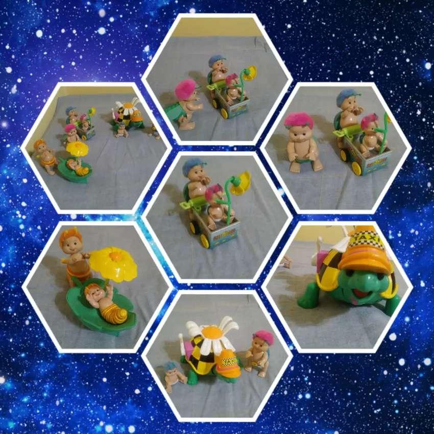 Lotes de juguetes varios 0