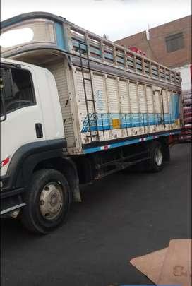 Camión  en buen estado de vende con o sin carroceria