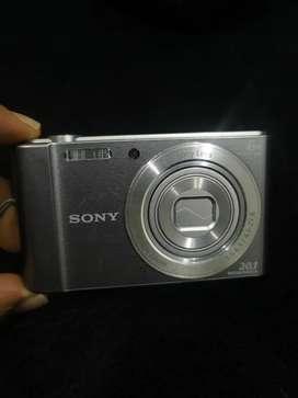 Cámara Sony 20 megapixeles dsc-w810
