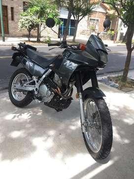 Honda NX650- Excelente