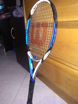 Raqueta de tennis original WILSON en perfecto estado