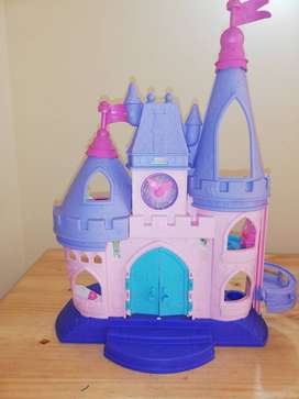 Castillo de princesas de Fisher-Price Little People Disney