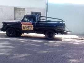 Camioneta Ford 100