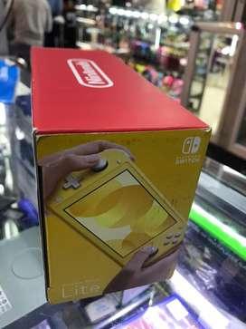 Vendo nintendo switch lite nuevo sin uso solo se destapo acepto cambios o dinero tine caja cargador empaques en el norte