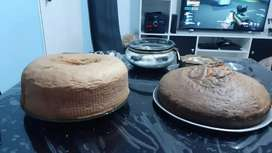 Rosquitas, medialunas, torta frita, bizcochuelo,etc
