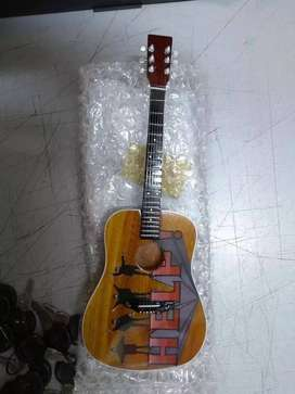 Miniatura Guitarra Beatles Axe Heaven Adorno Hard Rock Heavy