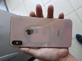 Se vende iphone xs max