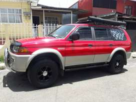 Montero Sport full extras Gas LP