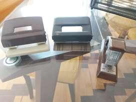 En venta 2 perforadores para papel y engranpadora