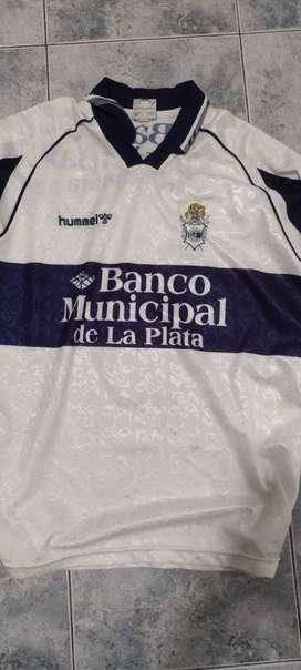 Camiseta De Gimnasia De La Plata Retro Hummel Usada TALLE XL