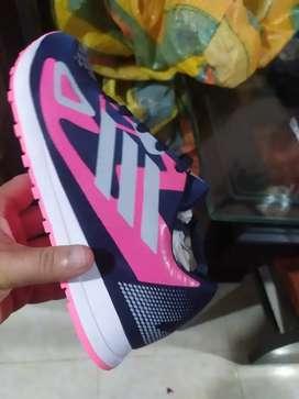 Zapatos deportivos nacionales