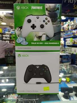 Controles de Xbox one nuevos  tenemos los mejores diseños con garantia también tenemos juegos usados