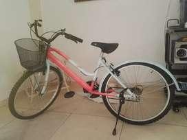 Se vende bicicleta buen precio negociable!!!
