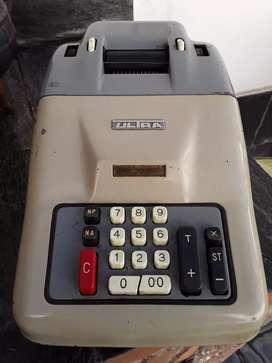 Vendo calculadora electrica de escritorio antigua