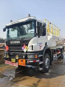 Remato Camion cisterna Scania P 360 4x4 2015