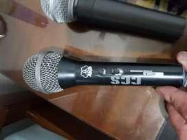 Micrófonos profesionales alambricos
