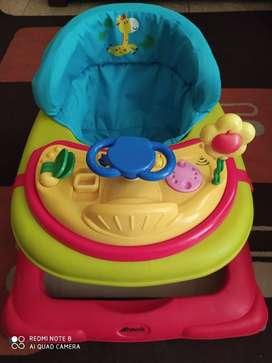 Andador para bebé y silla de coche o auto