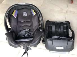 Silla de bebé Evenflo para auto