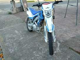 Vendo Moto Ranger TTk250