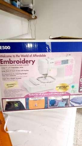 Vendo maquina de bordado brotherPE45oo