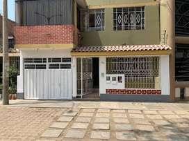Ocasión: venta de primer piso de casa de 138.02 m2 en los Olivos.