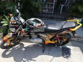 Moto suzuki gsx 125 tuneada