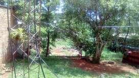 Terreno con casa vendo o permuto por otro terreno con casa.